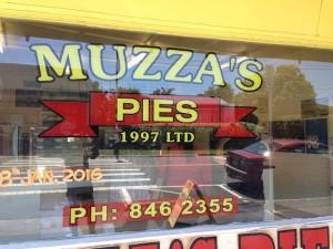 mussas-pie-opening-2
